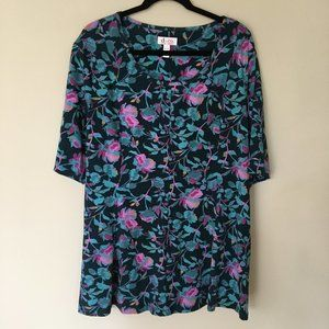 Floral, flared, 3/4 sleeve (elbow sleeve) top